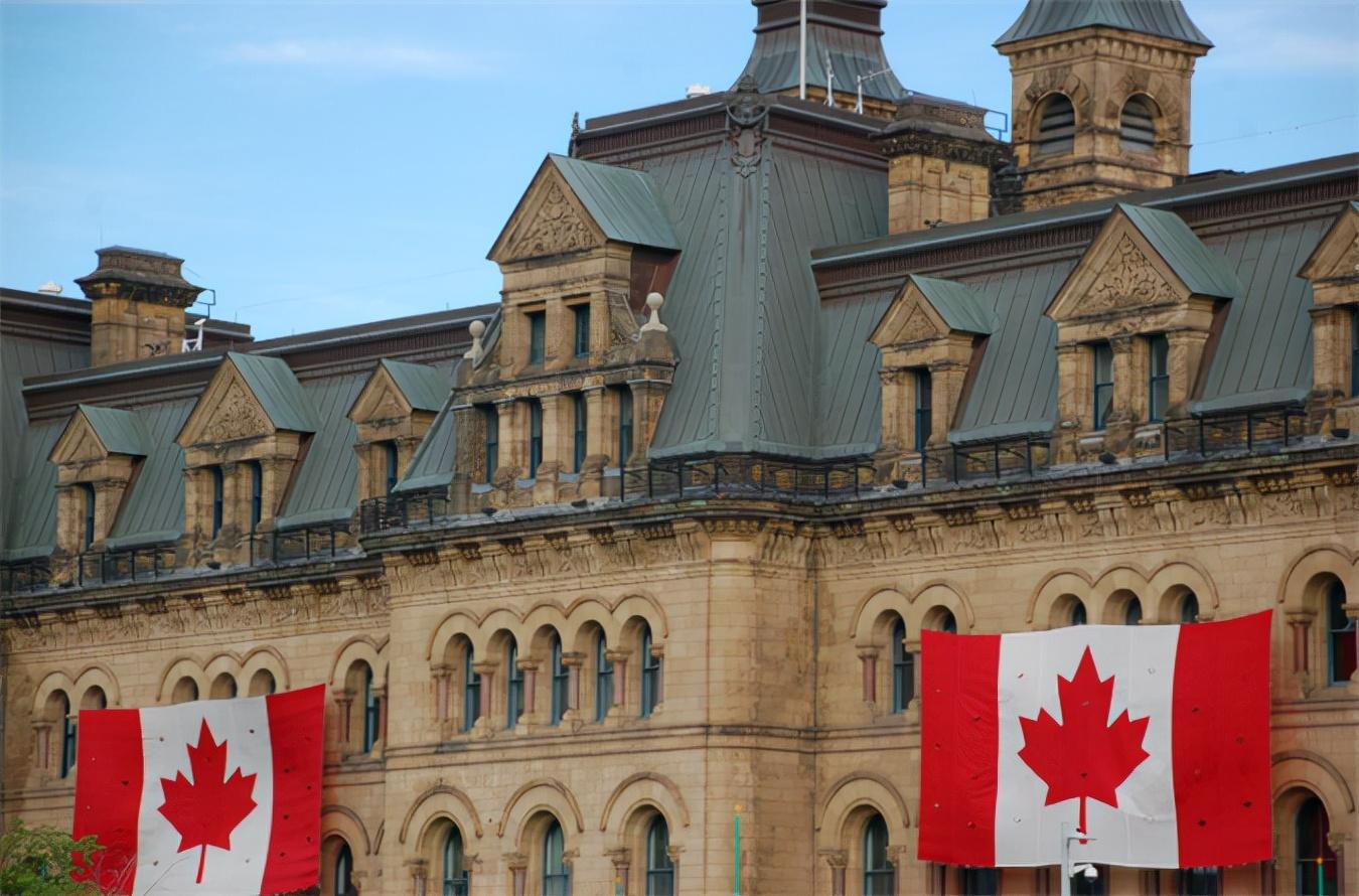 """一群小丑在狂欢!加拿大总理欲打""""中国牌"""",结果反对派做得更绝"""