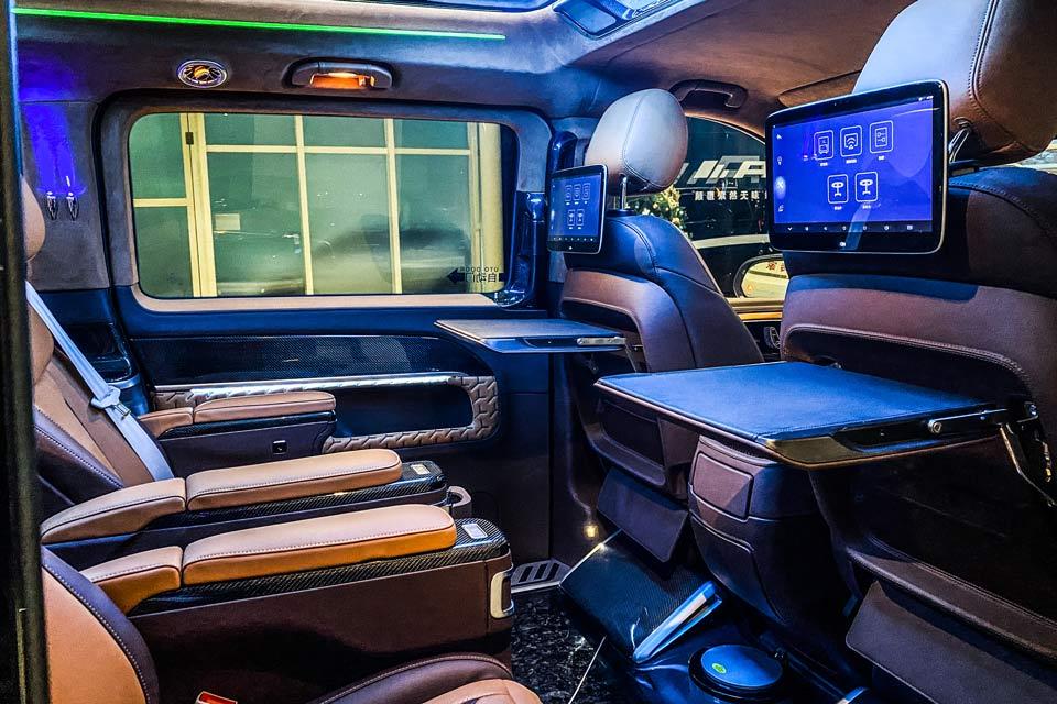 奔驰V260L梵兹慕,引领卓越驾驶,享受一路畅快