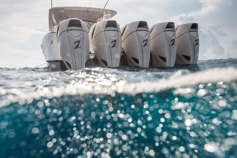 世界上最大的中控钓鱼艇HCB 65 Estrella,超3000马力的野兽