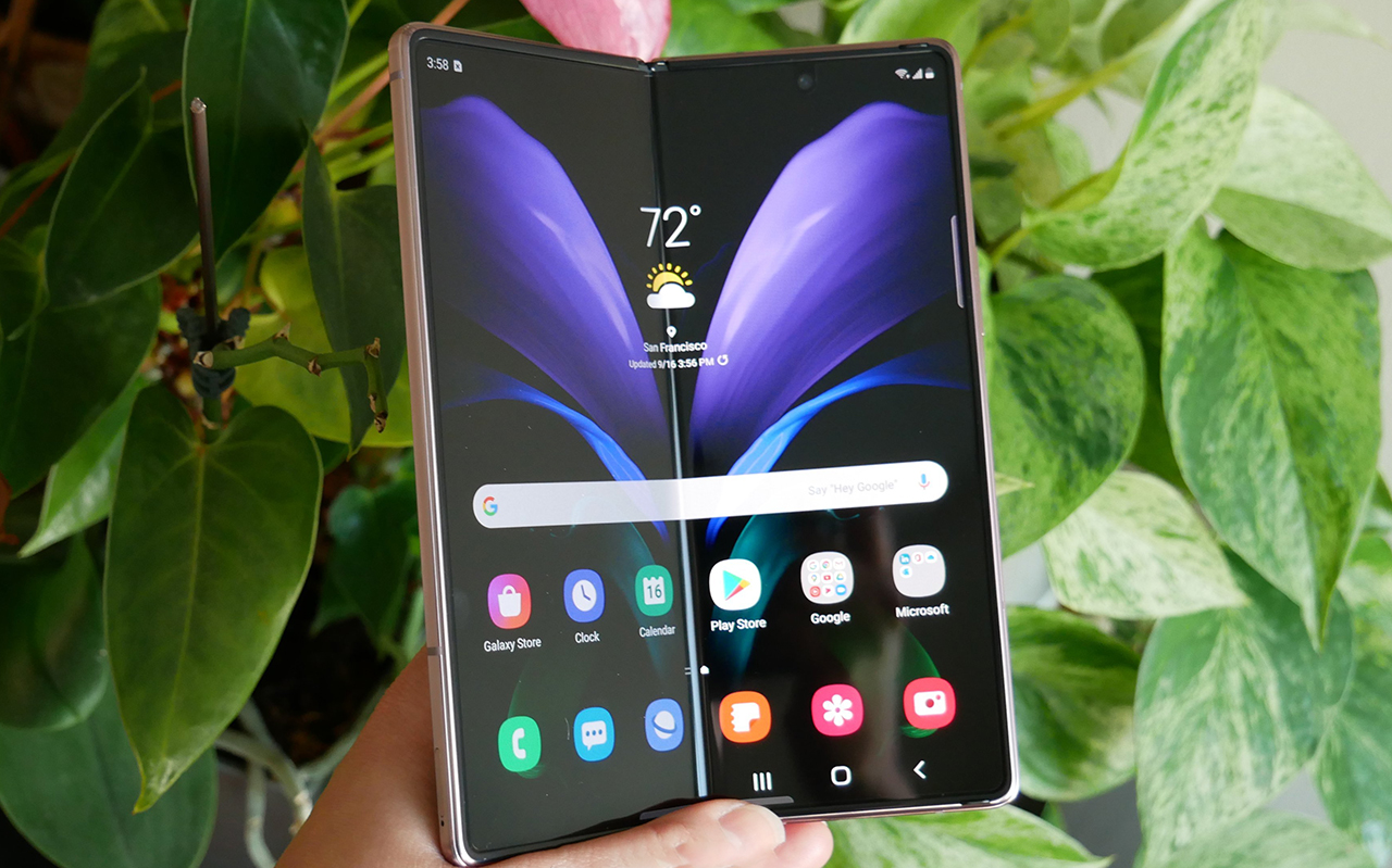 最有特性的智能机,三星2款新手机更为完善,摩托罗拉手机寻梦顶峰