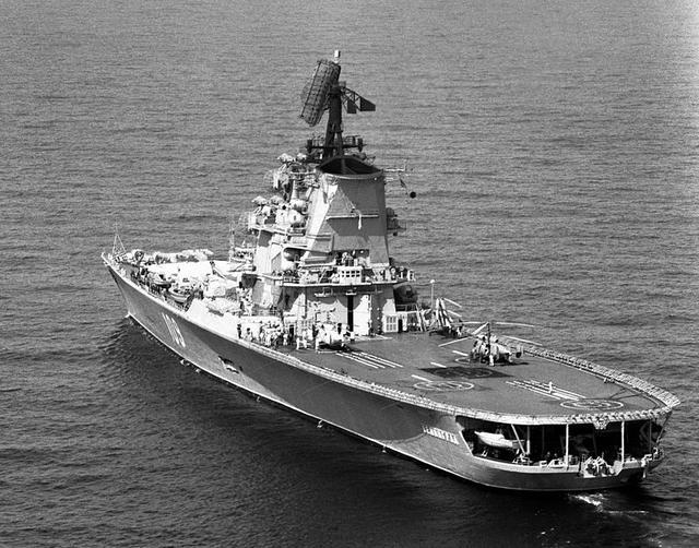 苏联解体时有9艘航母,却只有辽宁舰和库舰在役,其余的命运如何