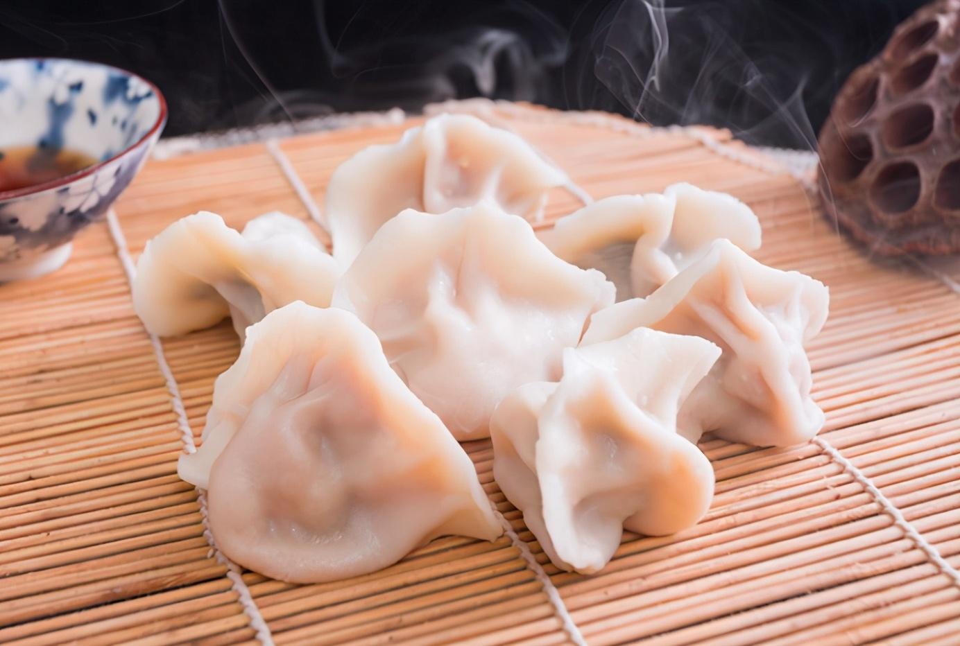 煮速冻饺子牢记2点 饺子劲道好吃不破皮