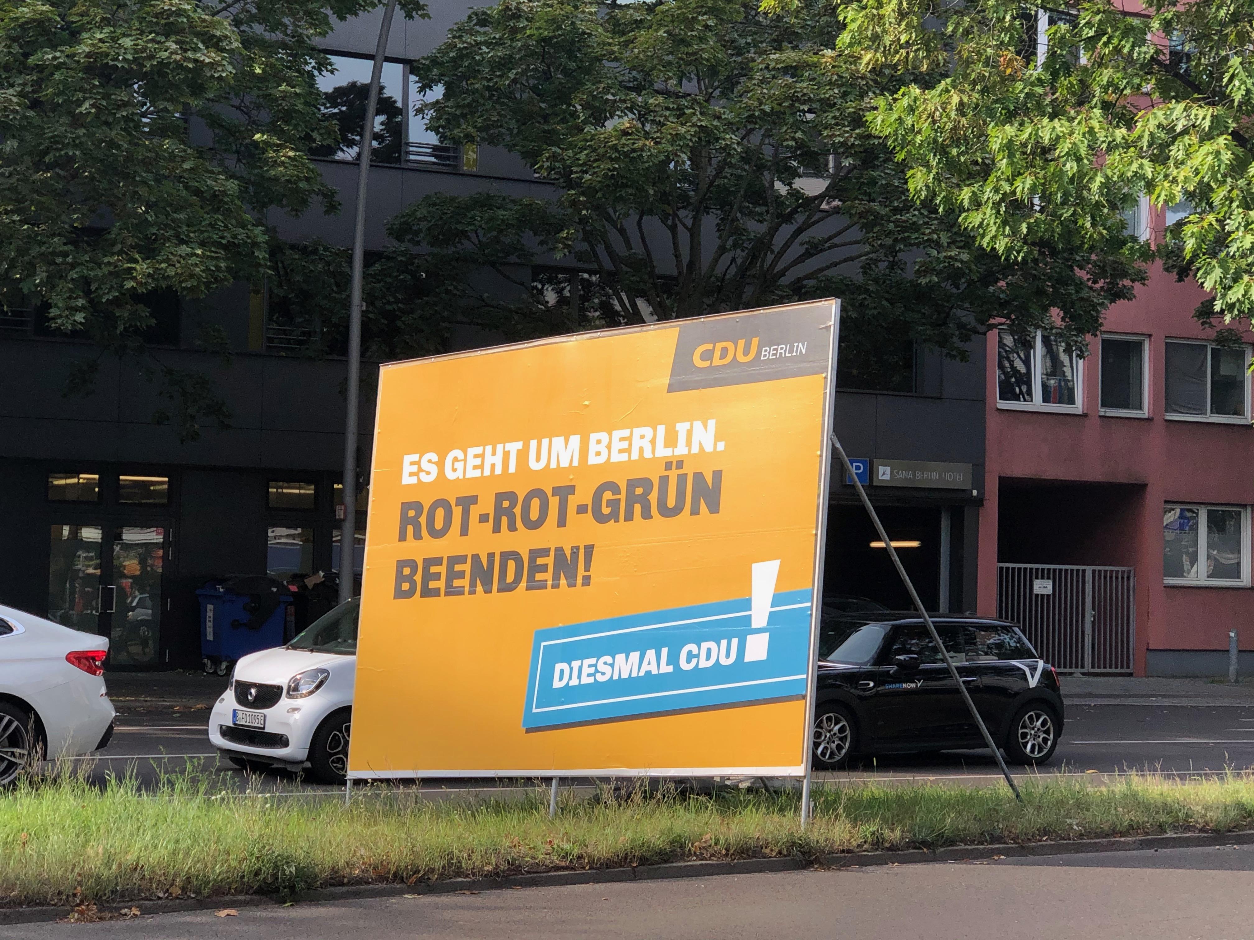 """德国大选中的""""默克尔一代"""":看惯她的献词,却不投票给她的政党"""