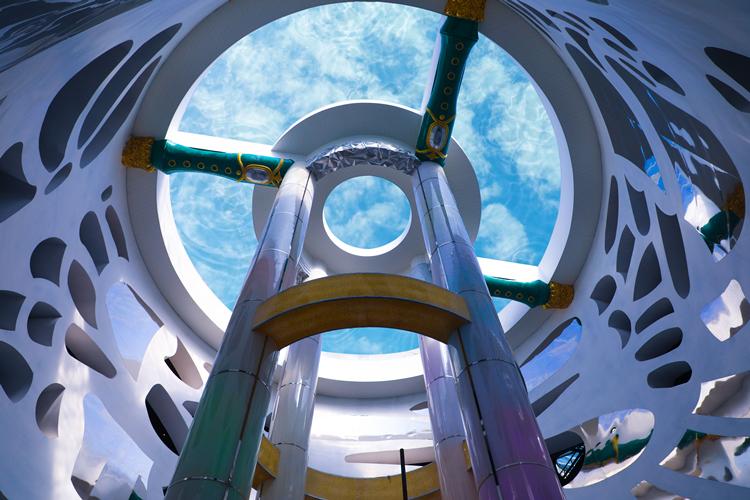 瑞地格乐:亚克力透明悬空泳池——营口鲅鱼圈魔法温泉案例