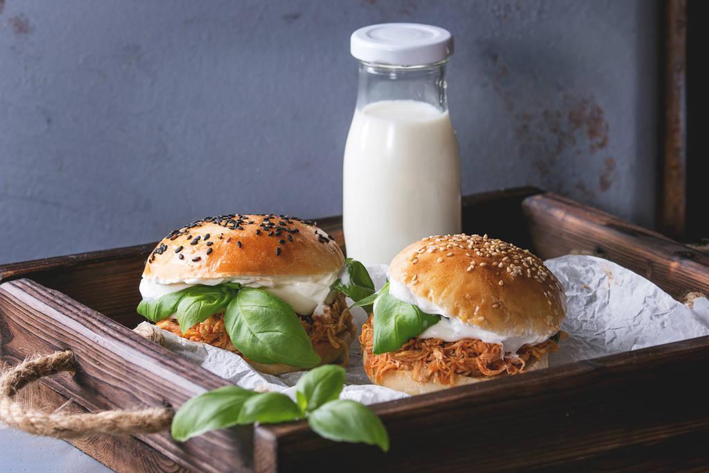 """生菜、面包,都是好食物,為什麼組合成""""漢堡"""",就成了垃圾食品"""