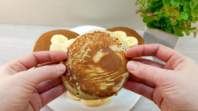 香蕉里打入3个蛋黄,出锅后又香又软 各地小吃 第8张