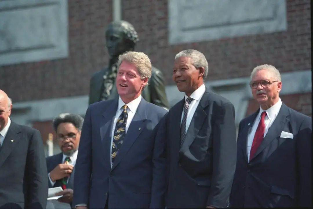 摧毁南非的不是黑蜀黍,而是曼德拉的纯洁信念
