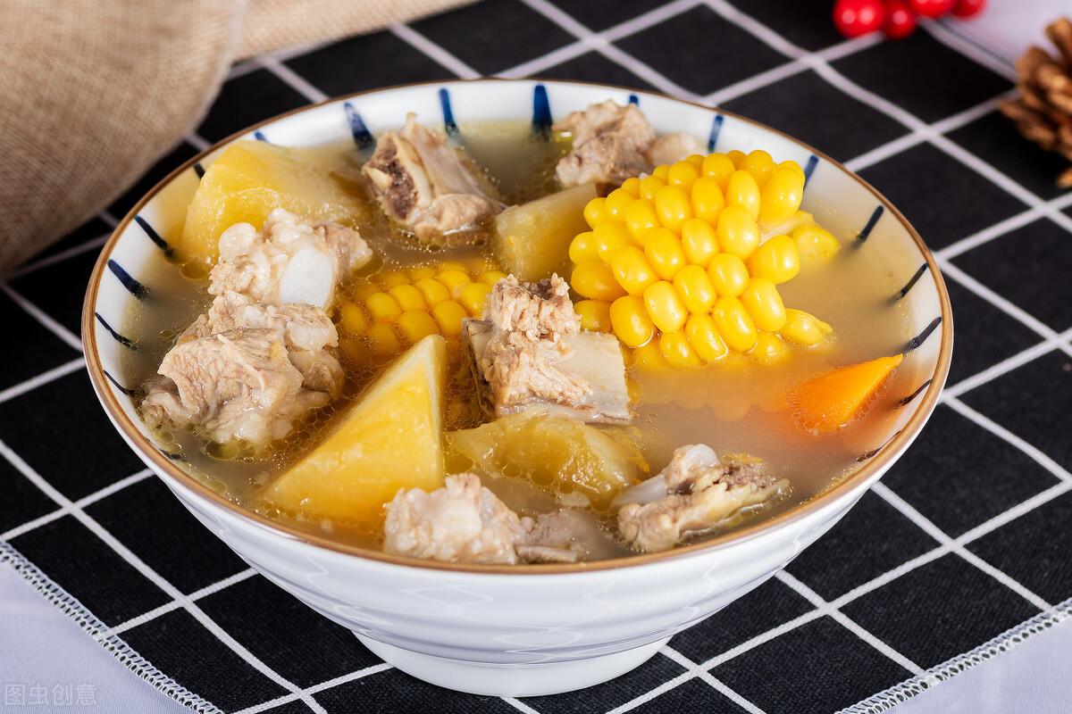 炖排骨汤,最忌直接焯水,很多人第一步就错了,难怪汤不鲜腥味重 美食做法 第2张