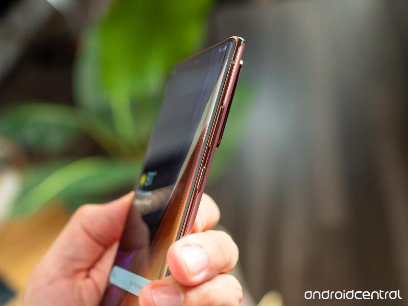 三星Note 20系列产品测评:S Pen延迟时间Ultra版小许多