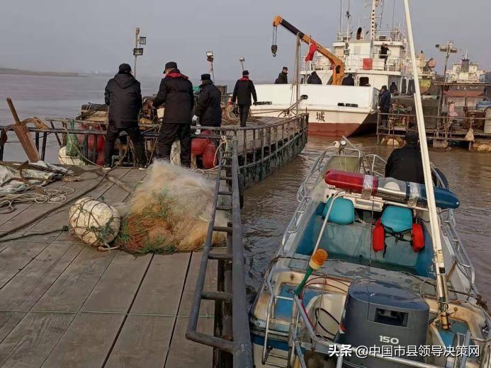 """江苏响水持续开展打击""""三无""""渔船专项整治行动"""