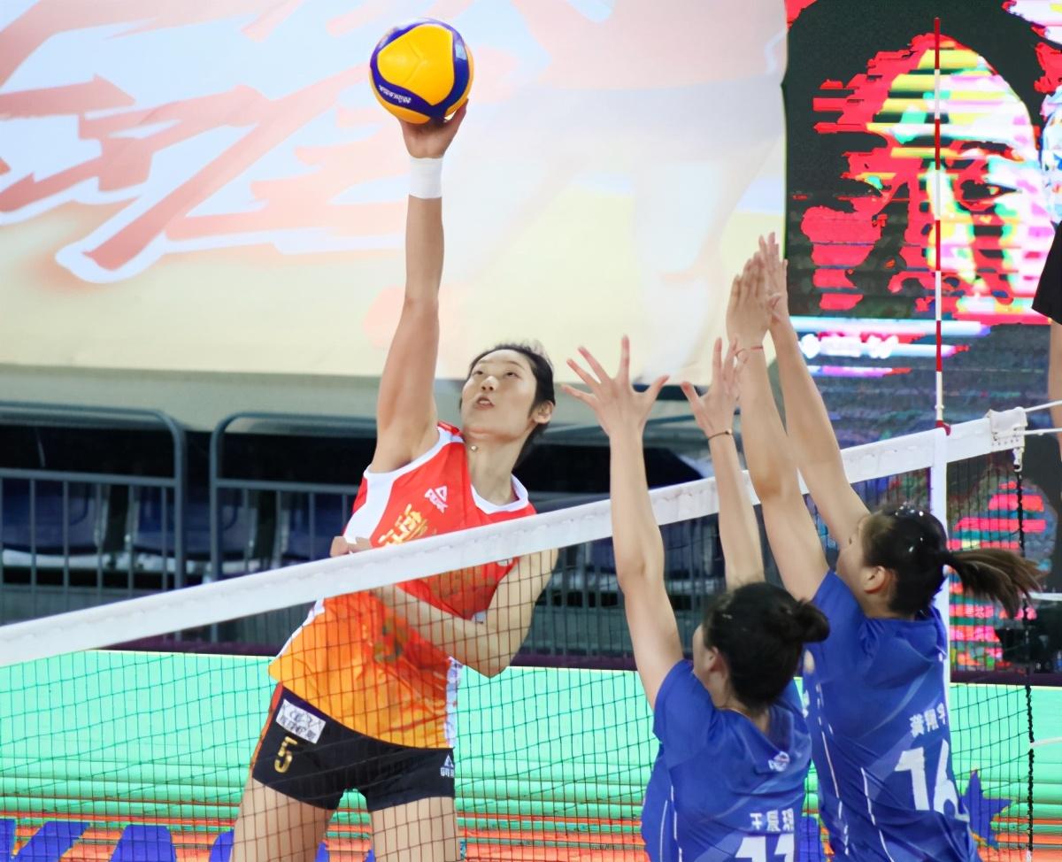中国女排超级联赛:17:50锁定T5,看胜不骄败不馁的天津女排对于阵浙江女排