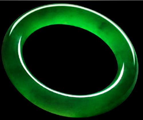 玻璃种帝王绿翡翠大发PK10一般多少钱一克