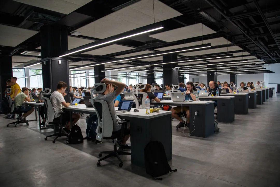 2021年,国外科技公司在中国应该做些什么