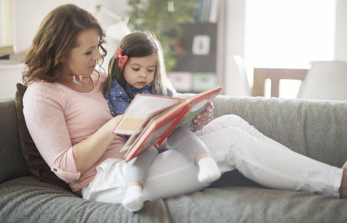 孩子脾气暴躁,家长学会4个方法,引导孩子改善情绪问题
