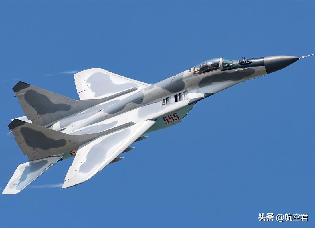 惊世骇俗的夜间阅兵,打破朝鲜空军战力低下,没有夜航能力的传闻