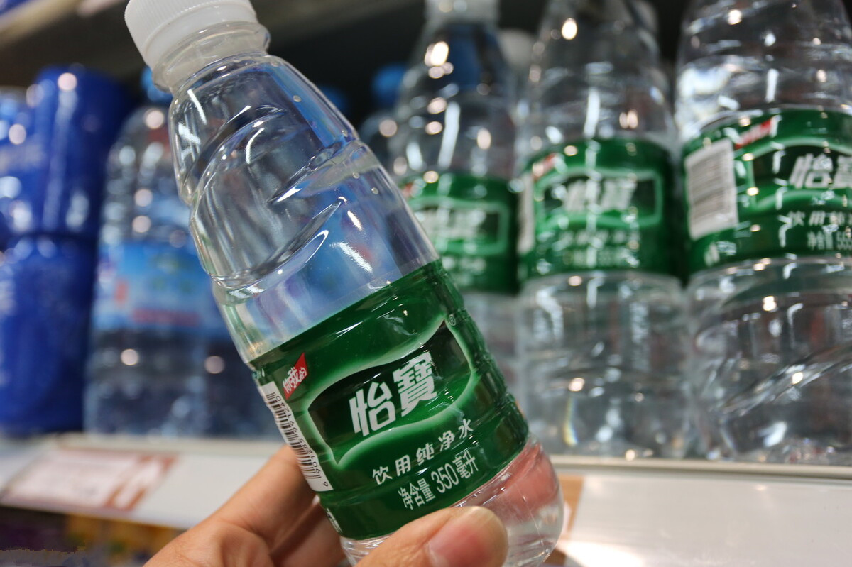 礦泉水、純淨水、天然水、自來水,瓶裝水選哪種更值? 漲知識了