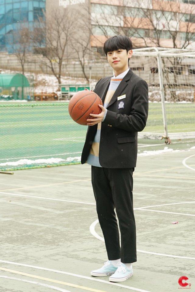 韓選秀史上最大謎團揭曉! 人生互換,無辜受害練習生現狀令人心酸