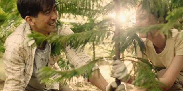 林俊傑MV上線,賈靜雯老公出演男主,結局一家三口同框超幸福
