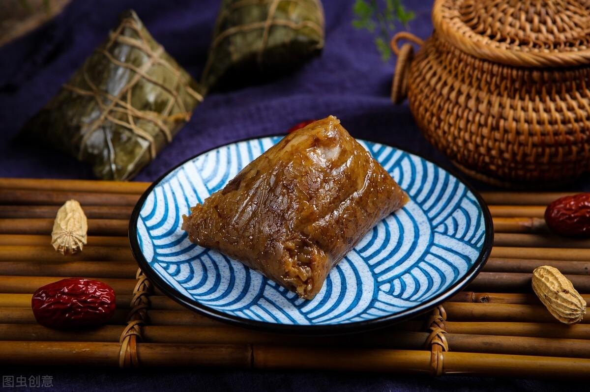 """包肉粽子为什么味淡?牢记""""1拌2腌3泡"""",肉香米糯,比买的都香 饮食健康 第1张"""