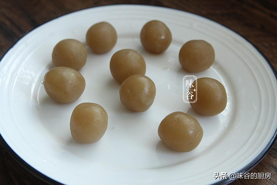 中秋节快到了,不用烤箱也能做月饼,配方比例告诉你,营养好吃