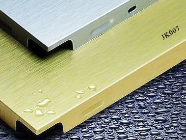 如何选择铝扣板?一分钟了解技巧!「润达扣板厂」