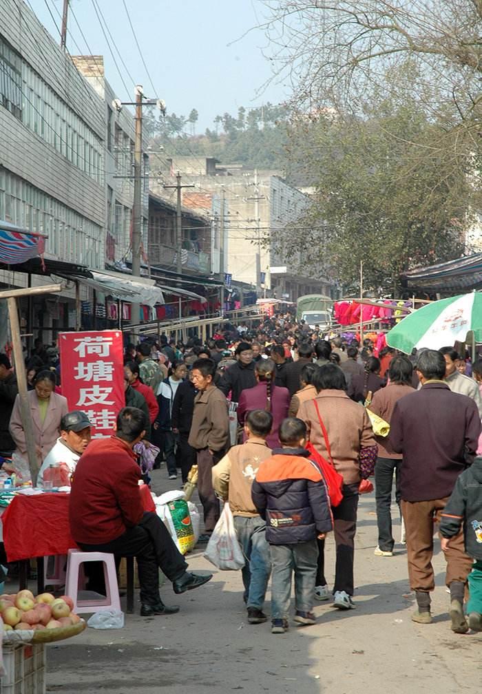 """汉中洋县民俗:""""赶场""""是生活中一件仪式感很足的事儿"""