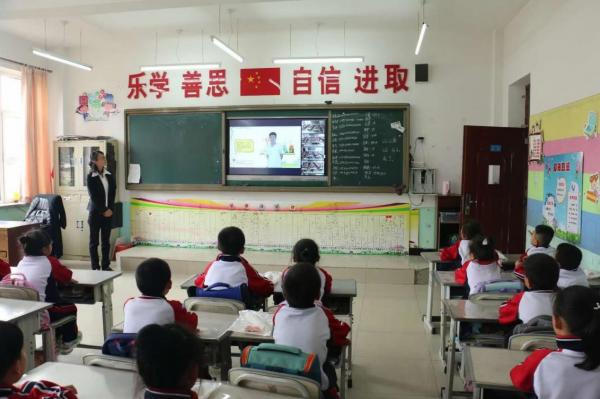 践行公益助力教育发展 新东方Kids+捐赠活动走进珲春
