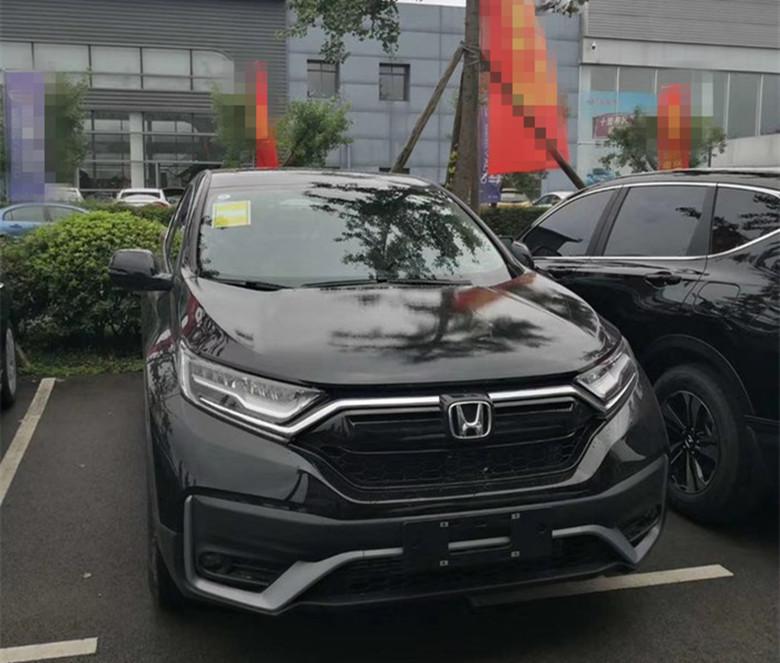 本田最走量的SUV改款到店,外观硬朗,车长超4米6,下月中旬上市