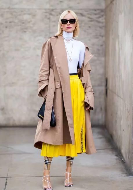 衣橱里必不可少的一件:百褶裙,穿出各种你想要的风格