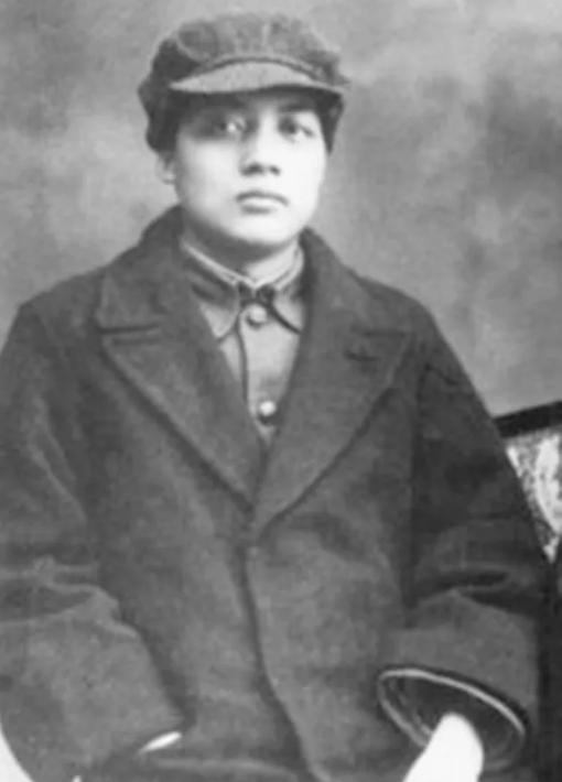 毛泽东之侄、导弹专家贺麓成,14岁前不知身世,一生未见毛泽东