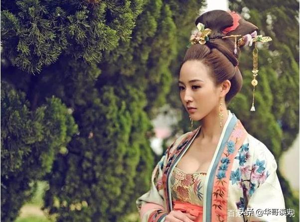 唐朝为什么是中国最时尚的王朝?看看唐女都穿什么衣服
