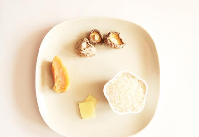黄豆焖猪蹄的做法步骤图炖猪蹄的时候它是绝配这样炖出来的汤