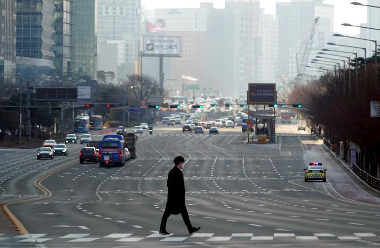 韩国首次确认检出变异新冠病毒