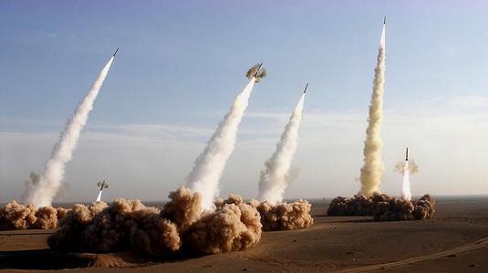 美军司令扬言:中国的核弹数太少,就算增加4倍也追赶不上美国
