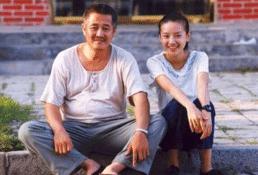 """有种""""争气""""叫董洁和潘粤明的儿子,10岁帅成男"""