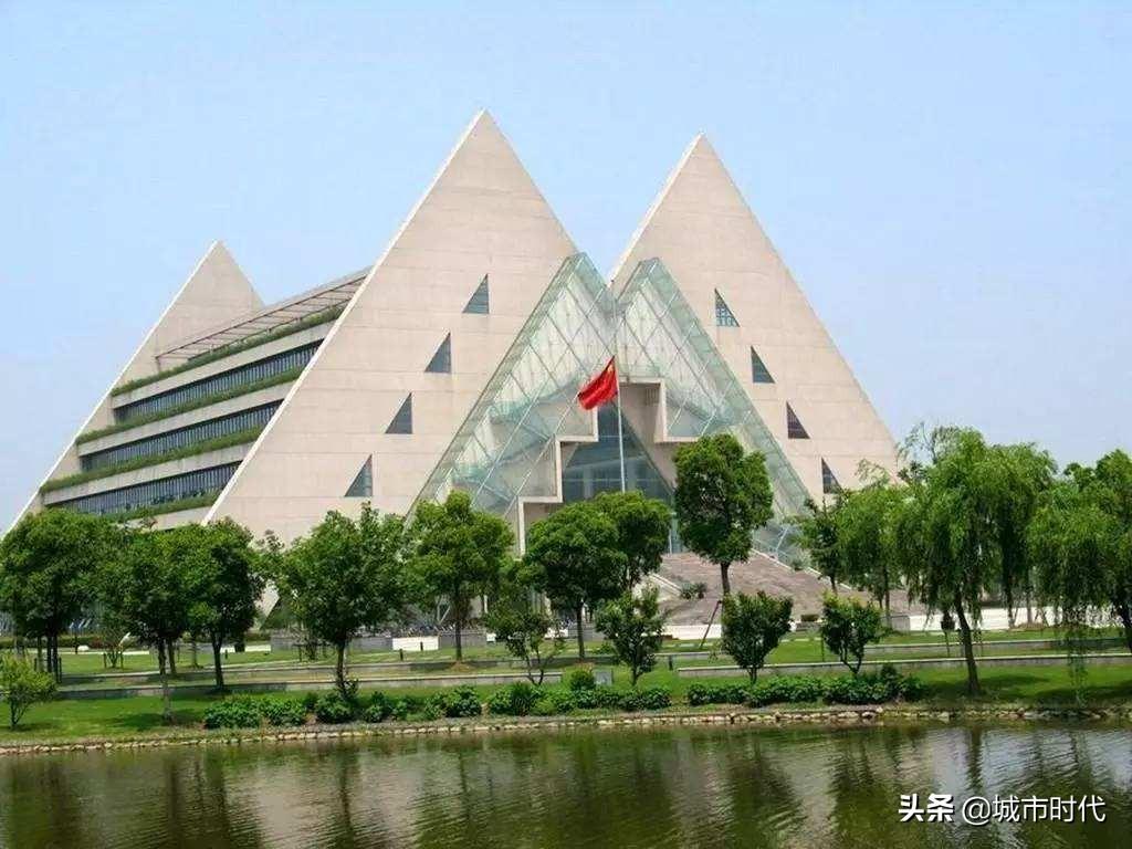 中国城市居民收入十强:苏州第2,宁波第6,深圳为何排在第9?
