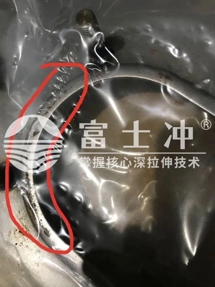 富士冲改善案例改变防锈油涂抹方式,帮助日本客户降低前处理成本