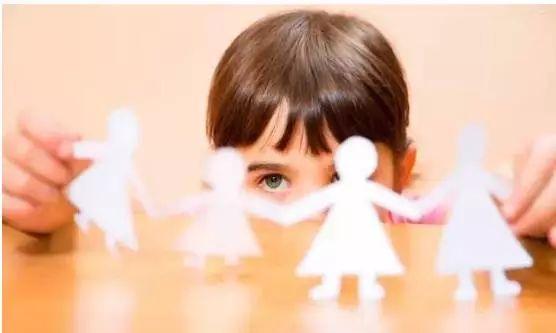 如何改善孩子注意力不集中的问题