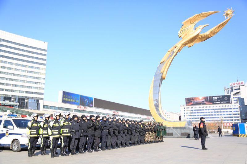 沈阳市站站地区大队多公安全军队连动 春运期内保证游客交通出行安全