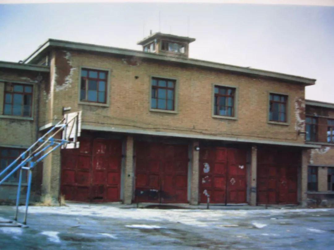 """""""蓝朋友""""的老照片你肯定没见过丨带你看青海消防70年的变迁"""