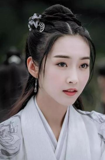 《陈情令》演员卸妆,肖战和王一博都能接受,师姐是真接受不了