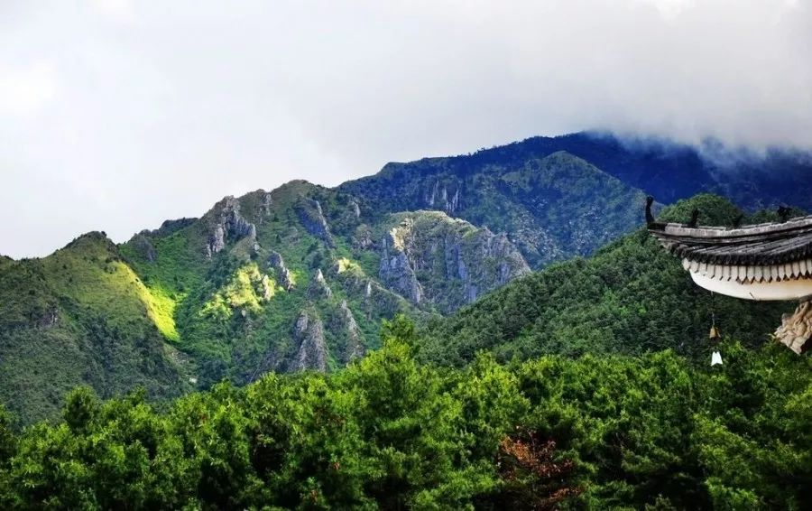 周边游丨苍山到底是座什么山?