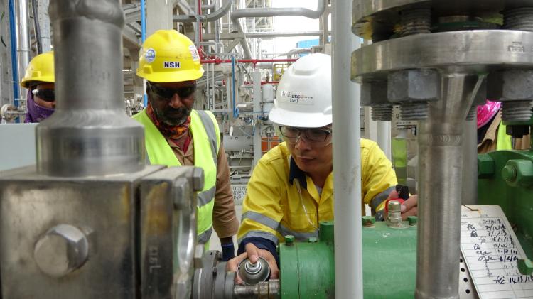 中东最大炼油厂主装置建成,中石化承建