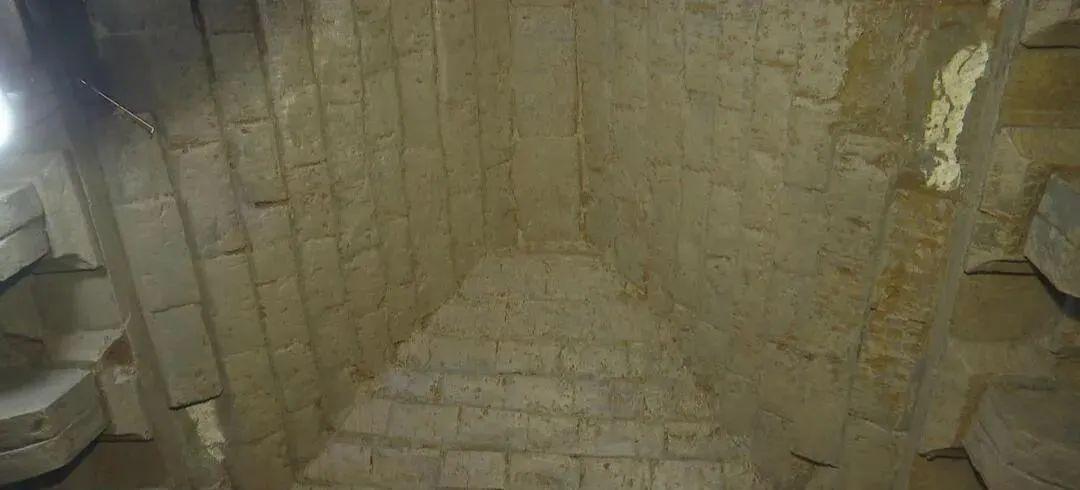 合肥一神秘古墓被打开!造型罕见!专家:全国唯一……