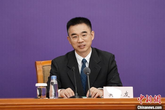 中国疫情最新消息 吴尊友谈秋冬疫情是否会卷土重来说了什么?