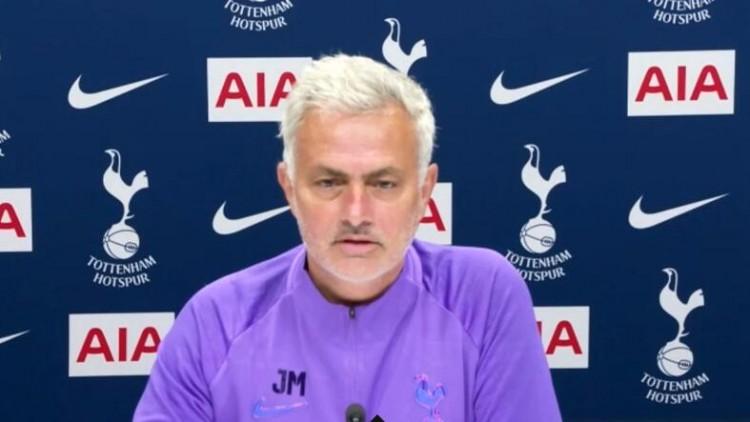 穆帅谈兰帕德:他为我踢球时付出了自己的一切,我欠他的