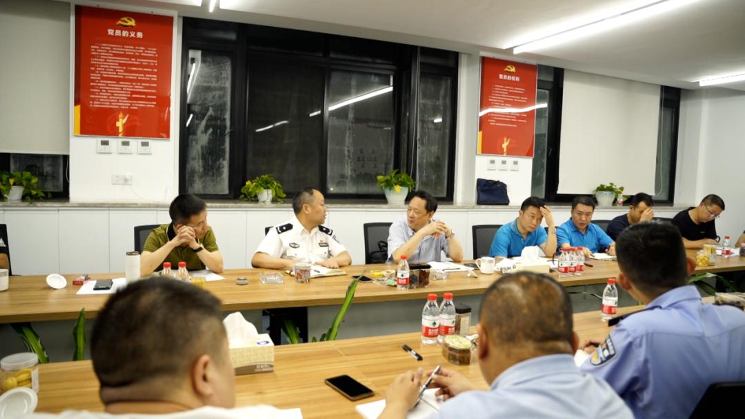 公安局报道杭州市下落模糊不清不清女士被害案:抽38车粪涨发觉疑是人青山路面殖体细胞