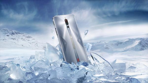 红摩5S游戏手机公布!骁龙865 144Hz屏售3799元起