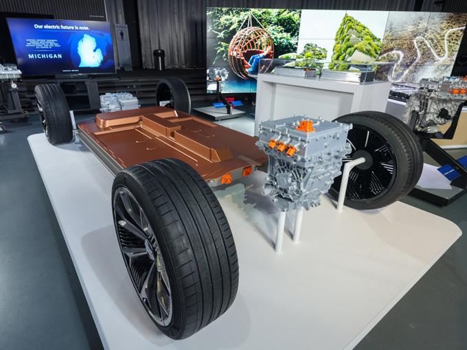 上汽通用推9款电动车,黑科技动力比大众厉害,最高续航640km