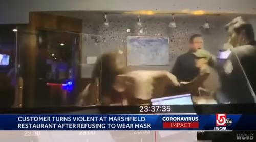 美国中餐馆因要顾客戴口罩遭打砸 参与者竟有警察